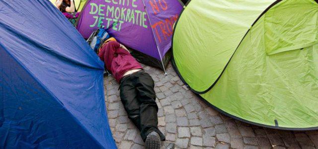 manifestanti_tende_occupy