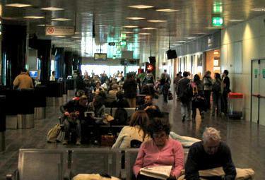 Aeroporto_marconi_bolognaR375_25mag2009