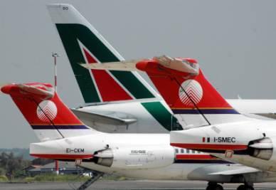 Alitalia_Meridiana_CodeR400