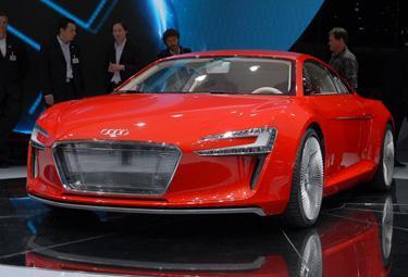 Audi20e-tron_R375