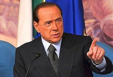 BerlusconiConferenza_R375