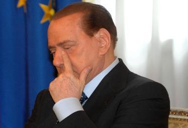 BerlusconiPensieroso_R375