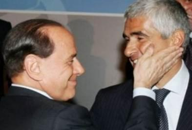 BerlusconiSchiaffettoCasini_R400