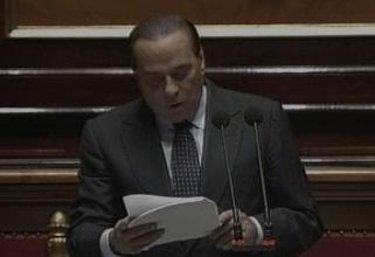 BerlusconiSenatoReplica_R375