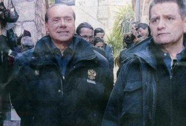 BerlusconiSenzaBende_R375
