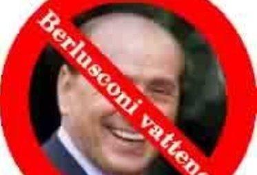 BerlusconiVatteneFacebook_R375