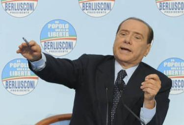 Berlusconi_ContestatoreR375