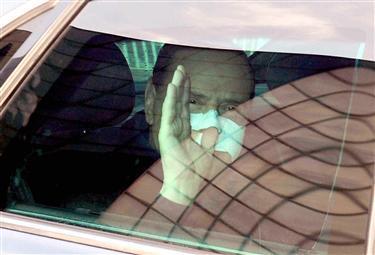 Berlusconiospedale2_R375