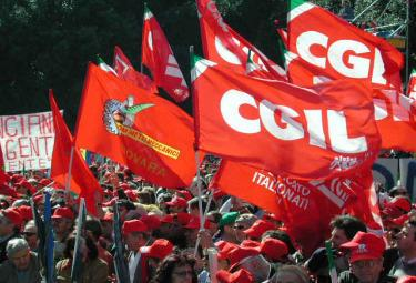 Cgil20e20iPhone_R375_12_10_2009