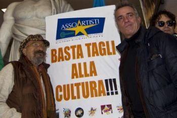 Cultura_Tagli_ProtestaR400