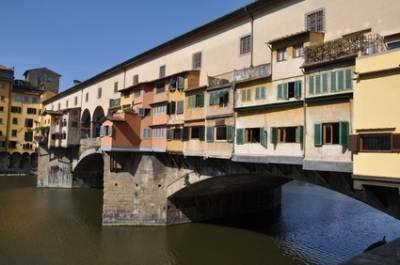 FIRENZE_ponte_vecchio__Buesi_Fotolia_R400_XS