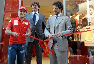 Ferrari-Store-Firenze_R375