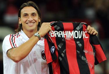 Ibrahimovic_presMil_R375_30ago10