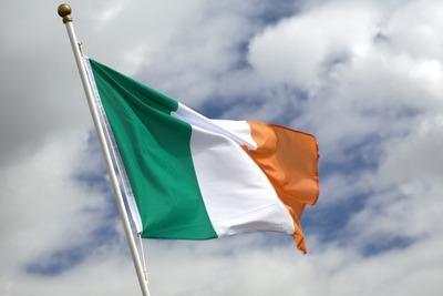 Irlanda_Bandiera_NuvoleR400