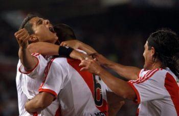 Lamela_River-Plate_R400