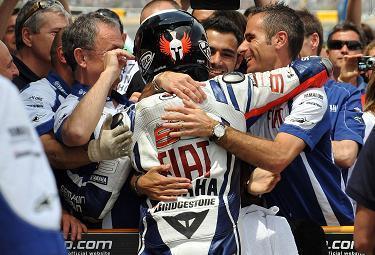 Lorenzo-gara2-Le-Mans_R375