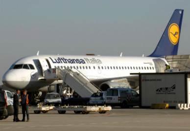 Lufthansa_Italia_AereoR400