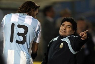 Maradona_R375_10set09