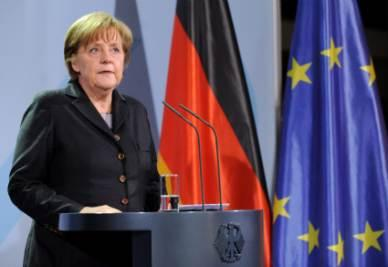 Merkel_BandiereR400
