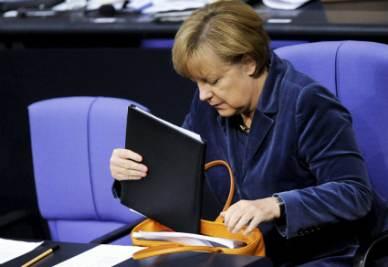 Merkel_BorsaR400