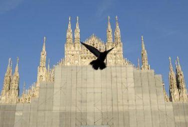 Milano_duomo_piccioneR375_13ott08