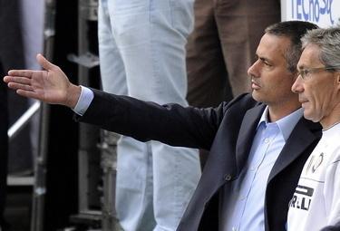 Mourinho3_R375_10nov08