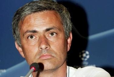 Mourinho_Champions_R375_21ott08