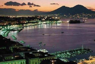 Napoli_panoramaR375_22dic08