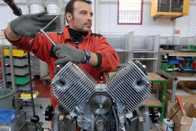 Operaio_Motore_MotoR400