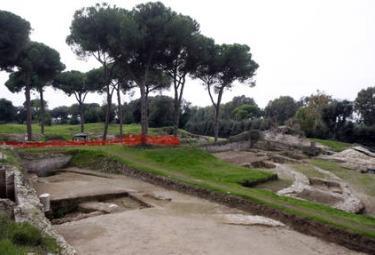 Ostia_ColosseoR375