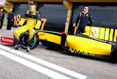 Renault_Formula1_2010R375