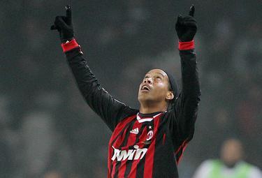 Ronaldinho_R375_10gen10