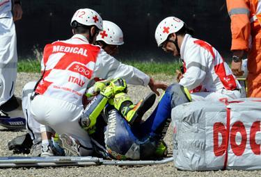 Rossi-crash-Mugello_R375