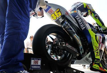 Rossi-test-Misano_R375