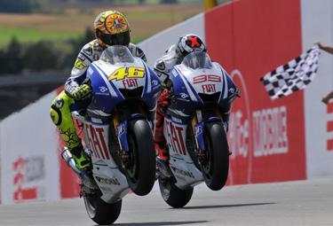 Rossi20Lorenzo20prew20Donington_R375