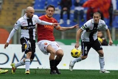 Totti_azione_R400