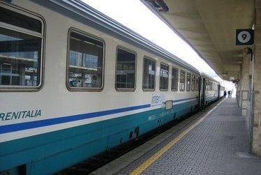 Treni_R375