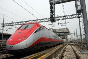 Treno_Freccia_RossaR400-1