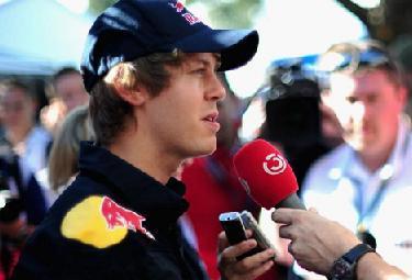 Vettel-pole-Melbourne_R375