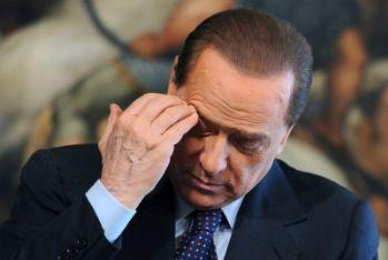 berlusconipensa_R400