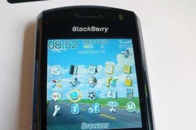 blackberry8100_R400