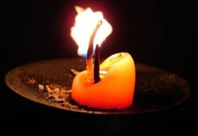 candela-r400