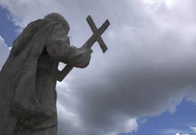 chiesa_statua_croceR400