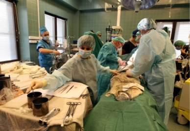 chirurghi-ospedali-sanita-medici-dottori