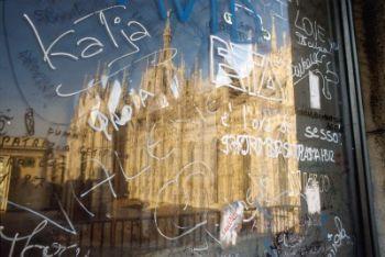 duomo_graffiti_R400