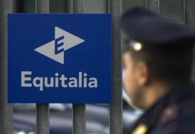 equitalia_poliziaR400-1