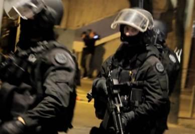 francia_poliziaR400