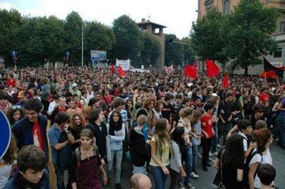 manifestazionestudenti_R400
