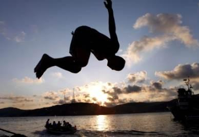 mare-tramonto-r400