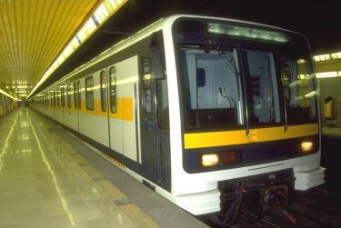 metro_milanoR375_15mag2009